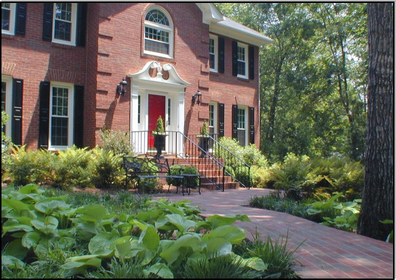Buckhead Cottage Front Landscape. Duluth Traditional Home Shady Entrance