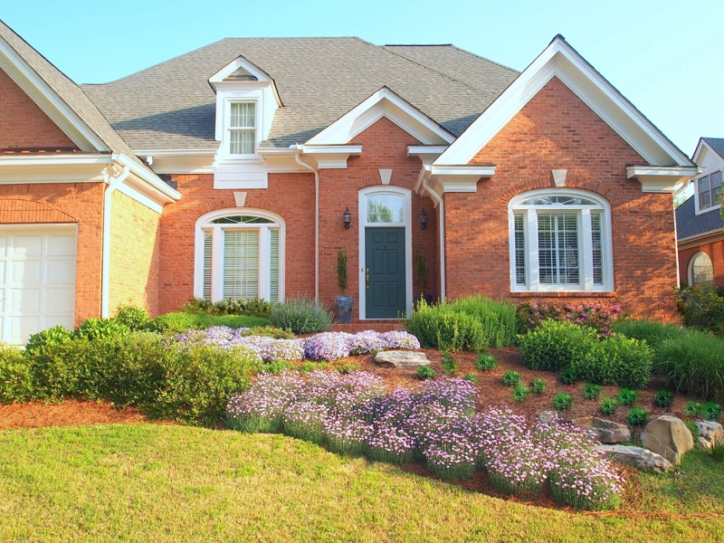 Home & Garden Design Works With House Style To Create