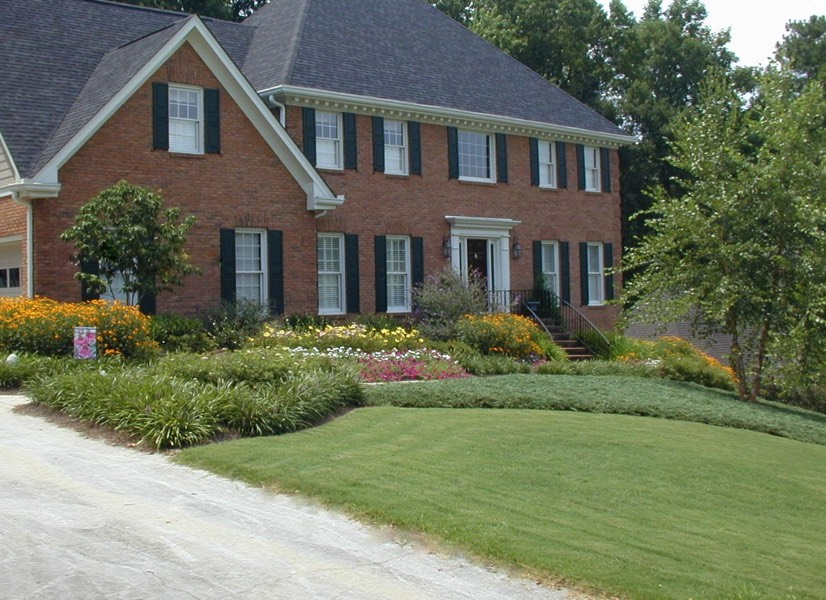 dunwoody front yard makeover