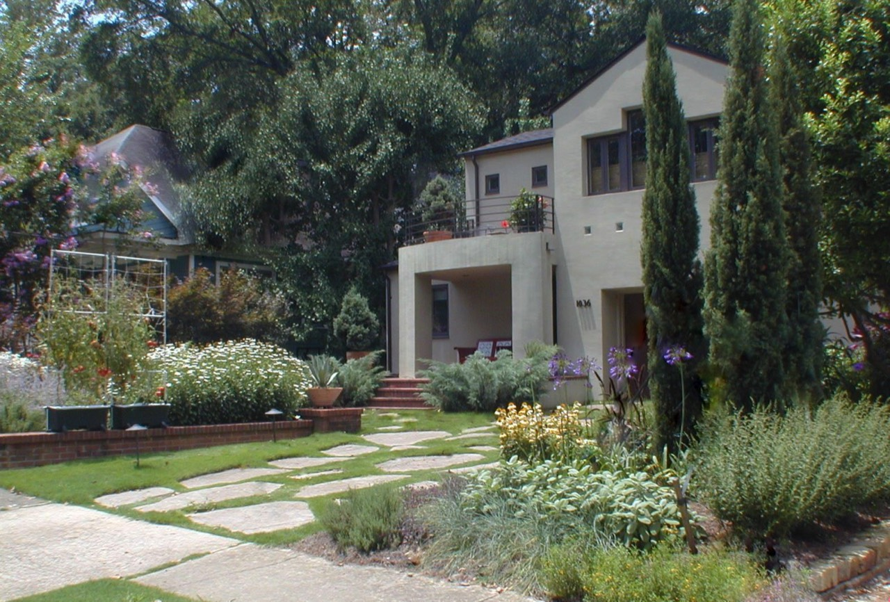 Virginia Highlands front yard landscape Intown Atlanta