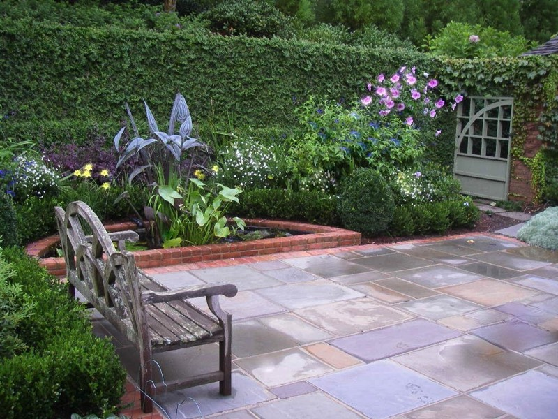 Courtyard patio flagstone