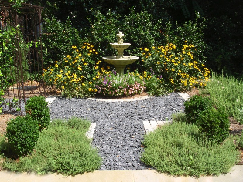 gravel cobble stone edge path - Garden Design Using Stones