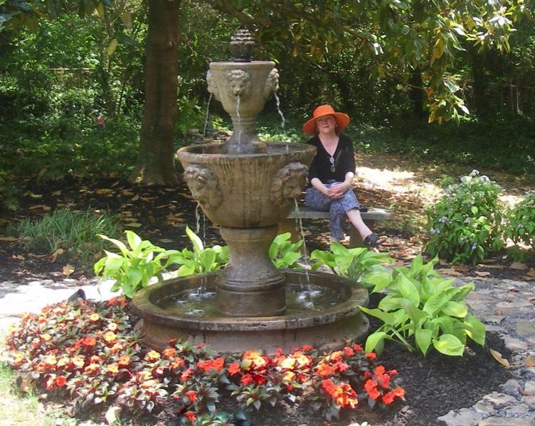 Fountain Classic Stone 3 Tier